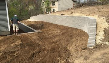 Elk River Retaining Wall & Excavating